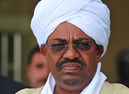 السودان: تجدد الاحتجاجات وسط سخرية البشير من الفايسبوك