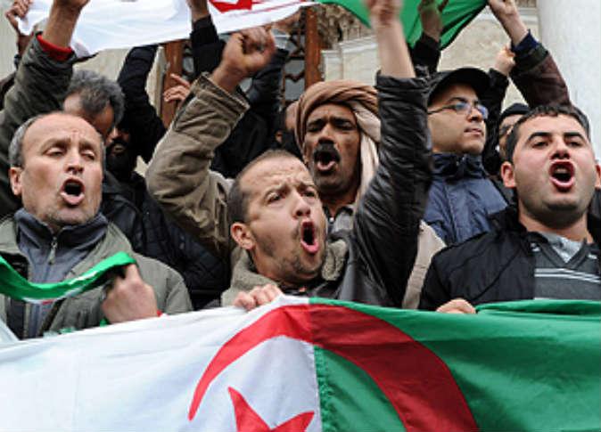 بلاغ للراي العام من منذرالزنايدي حول التحاقه بنداء تونس