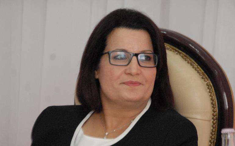 وزيرة الصحة السابقة سميرة مرعي تنفي علاقة زوجها بالقطاع الصحي