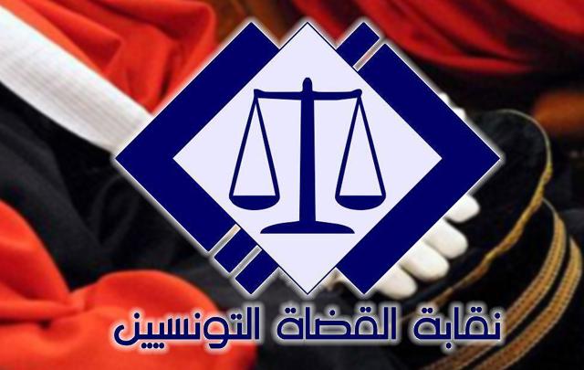 """""""وليد بناني"""" حكم قمة الرابطة المحترفة الثانية لتفادي النزول"""