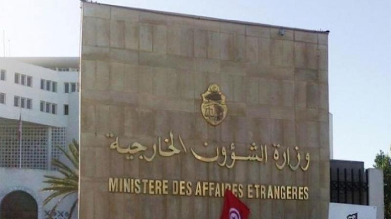تبسة :حجز مبلغ 60 مليون دينار تونسي  بحوزة تونسي في بكارية