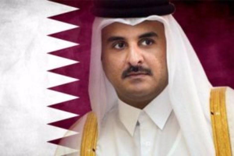 مغادرة امير دولة قطر اشغال القمة  وتداعياتها