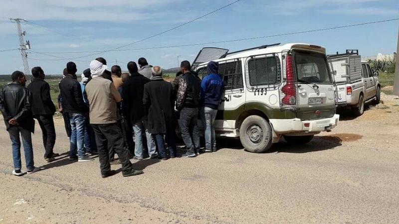 في سبيبة : الفلاحون يغلقون مقر المعتمدية ومكونات المجتمع المدني تصدر بيانات مساندة