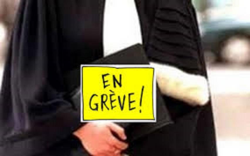 اليوم :المحامون بكافة المحاكم  بالبلاد في اضراب حضورى