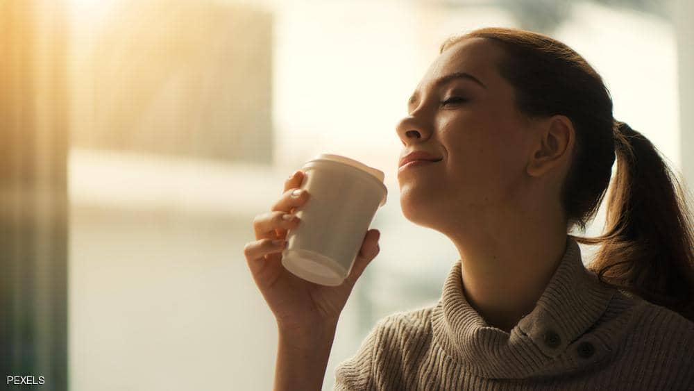 شرب القهوة يطيل العمر.. ودراسة تكشف عدد الأكواب