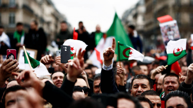 الجزائر: استحالة إجراء الانتخابات الرئاسية في جويلية