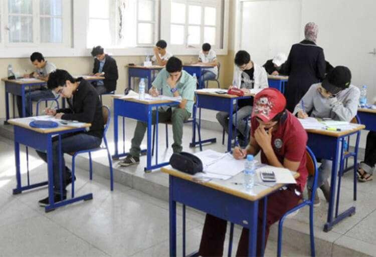 انطلاق عملية توزيع الاختبارات الكتابية لامتحان الباكالوريا