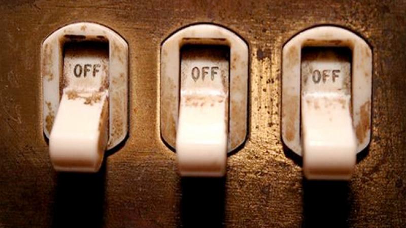 10مؤسسات صناعية بالقصرين دون كهرباء  و
