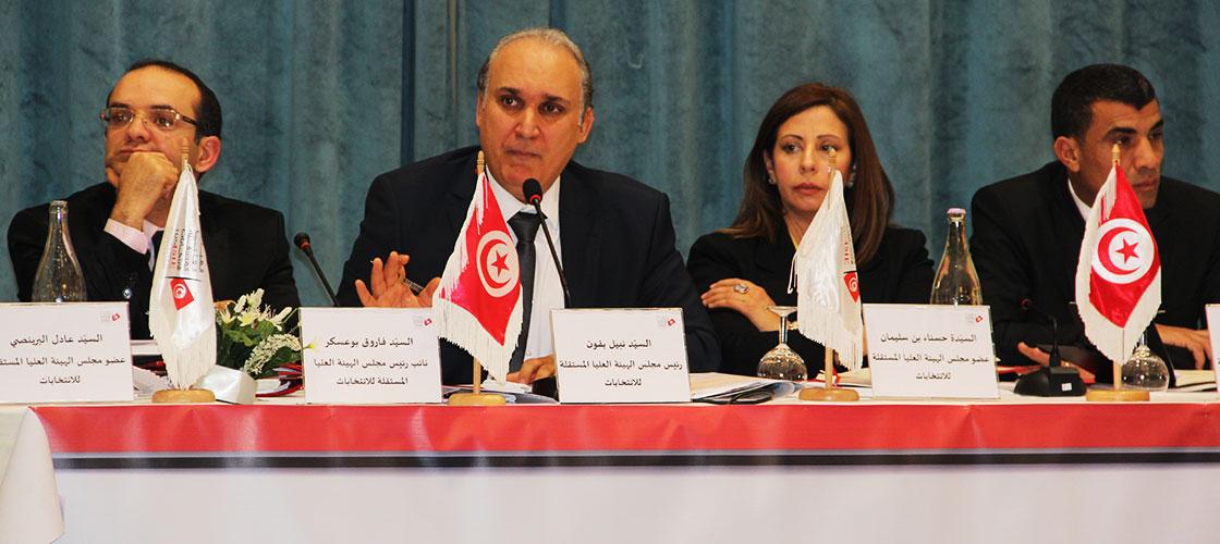 بمناسبة المولد النبوي الشريف: توافد المئات من التونسيين و من الخارج على مدينة القيروان