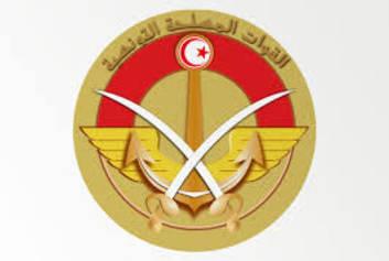 وزير الدفاع بالنيابة يكرم ثلة من العسكريين المحالين على التقاعد