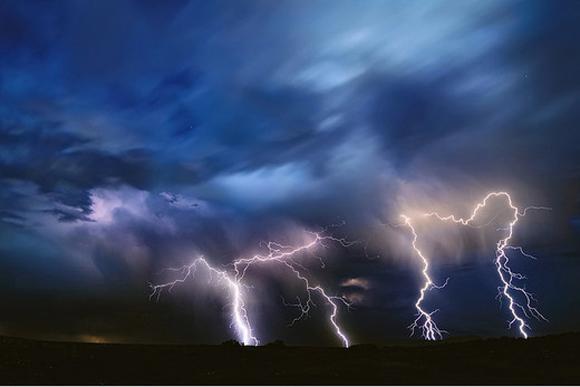 القصرين:حالة الطقس ستشهد اضطرابا ووالي الجهة يحذر المواطنين
