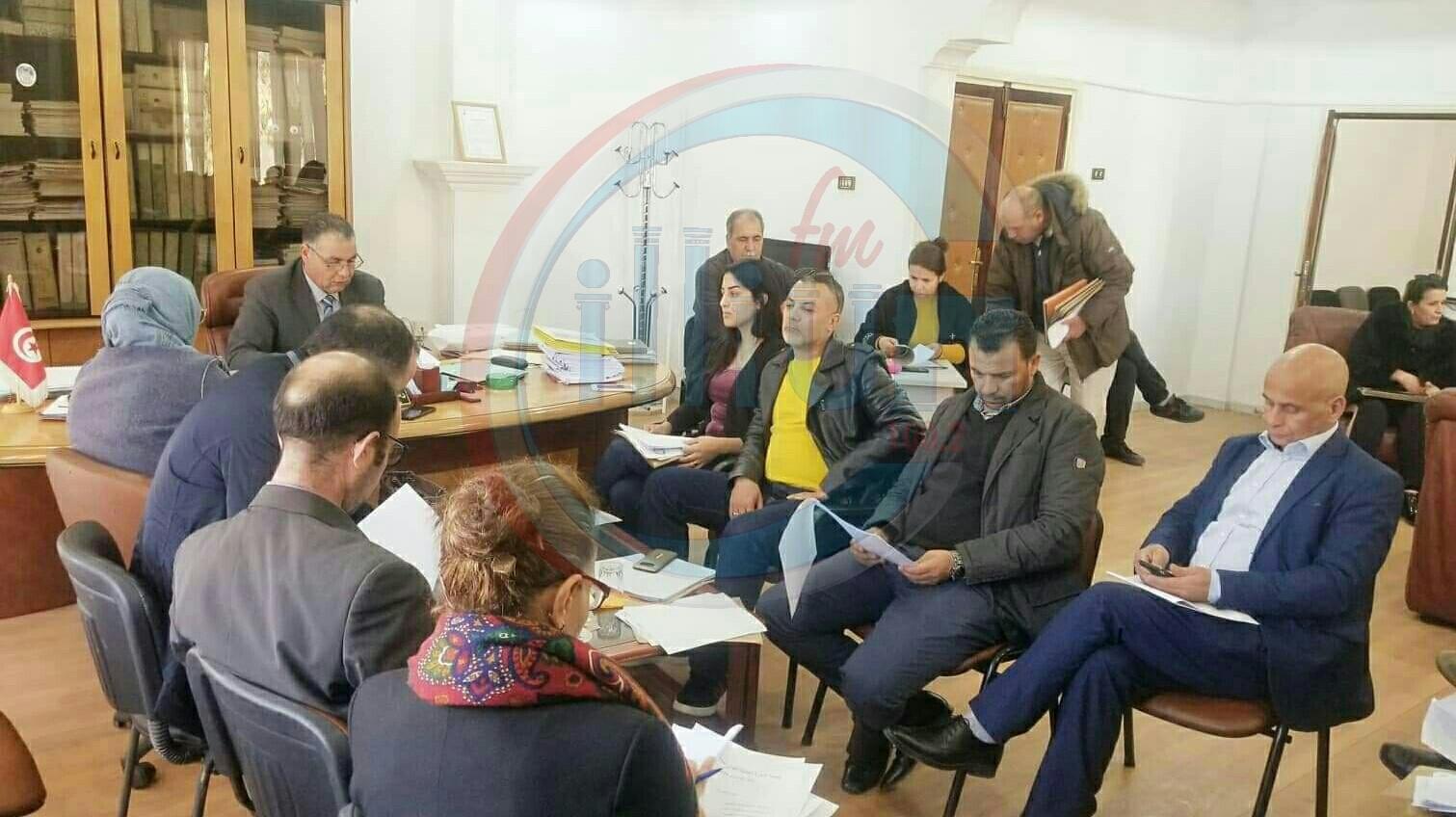 المجلس البلدي لبلدية القصرين يصادق على عدة مشاريع تنموية