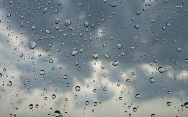 طقس الاثنين: أمطار متفرقة والحرارة في ارتفاع طفيف