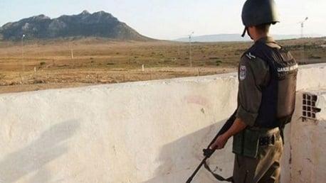 بوشبكة: ضبط شخصين بصدد اجتياز الحدود خلسة