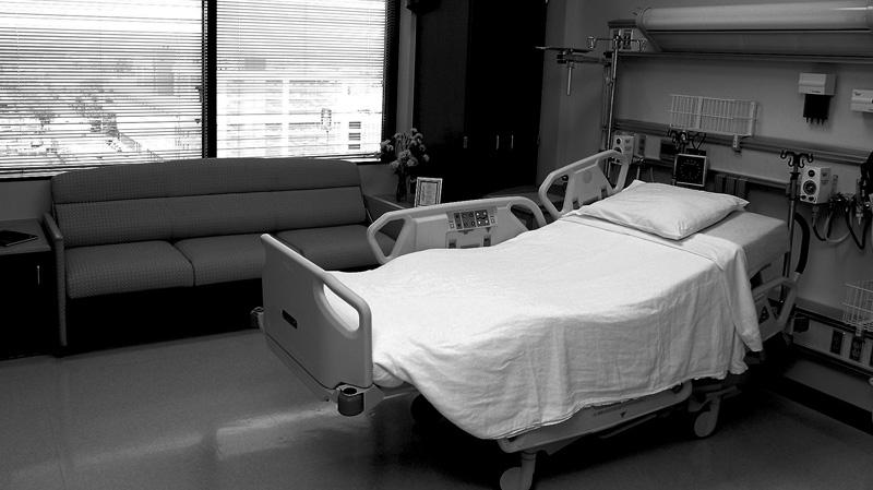 طاقة استيعاب المصابين بكورونا في المستشفيات بلغت ذروتها
