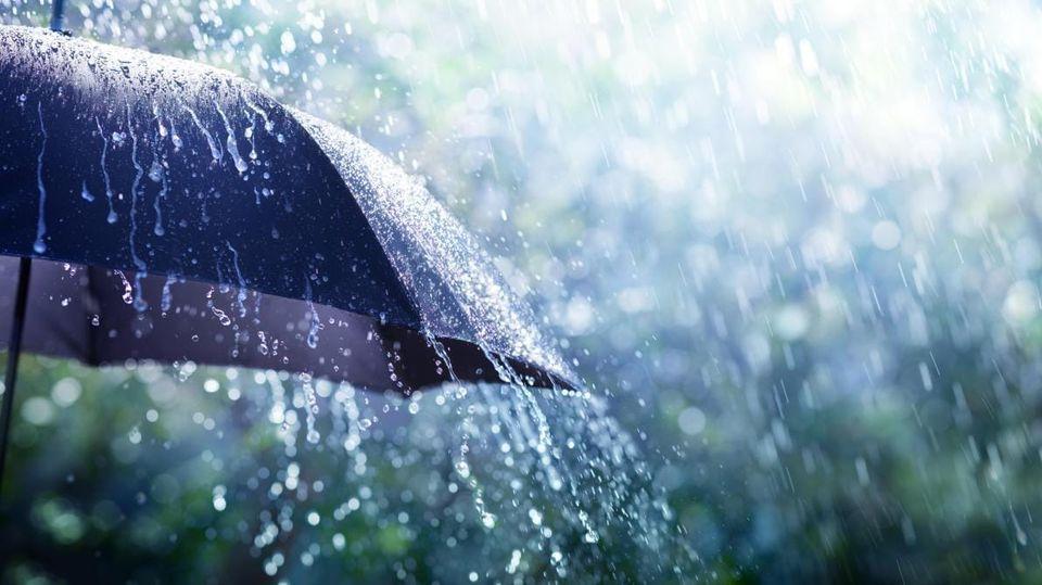 طقس السبت: تقلبات جوية منتظرة وأمطار غزيرة بعد الظهر