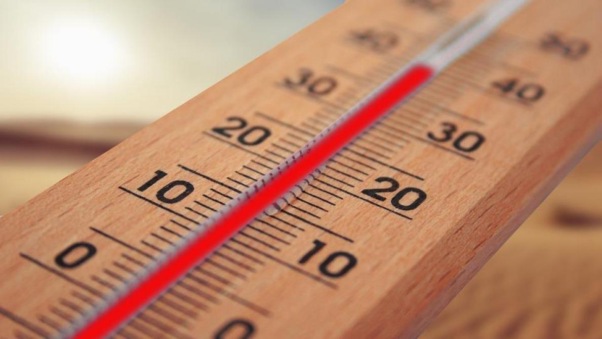 طقس السبت: حرارة مرتفعة وبعض الامطار المتفرّقة بالمناطق الغربية