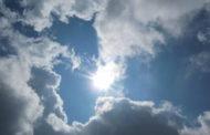 طقس الثلاثاء: أمطار ضعيفة ببعض الجهات والحرارة دون تغيير